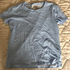 T-shirt fra Baum und Pferdgarden. Fitter en S/M.  #Secondchancesummer