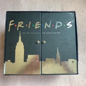 Dvd-box, med alle afsnit af Friends. BYD