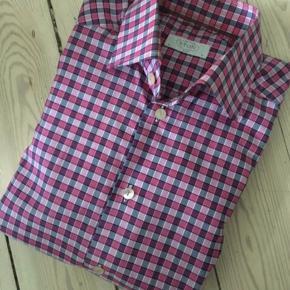 Sender ikke Eton skjorte Slim fit Str 38 Nypris 1200,-