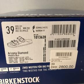 Lækreste Birkenstock - aldrig brugt og i orginal æske med tags mm. Nyborgs 2800 kr. Bud fra 700pp