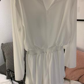 Mega fin kjole, som aldrig er blevet brugt❤️