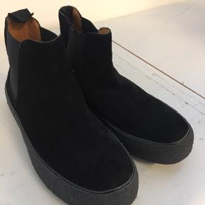 Original Playboy sko i i skind med skind for Ny pris 1699,-