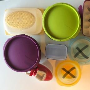 Forskellige Tupperware produkter. De to Micro Gourmet er kun brugt få gange. BYD.