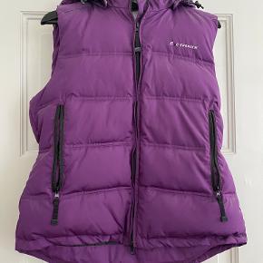 Five Seasons vest