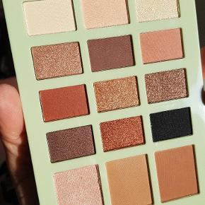 Pixi by Petra Eyeshadow and face palette Hello L.A. Angel Used once! 3 shades