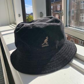Kangol corduroy bøllehat (bucket hat)