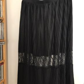 Flot sort kjole i str L  #30dayssaleout