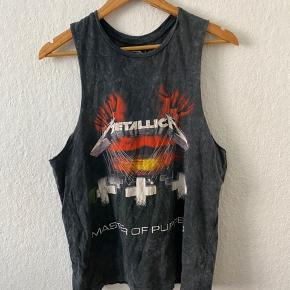 Metallica tank top