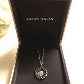 Smuk marguerit halskæde i sølv/sort