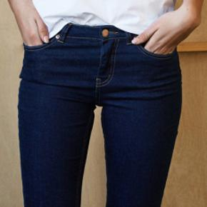 Sælger disse cool jeans fra danske gestuz. De har kun været brugt få gange. Prisen for ny er 900 kr. #trendsalesfund #jeans #blue