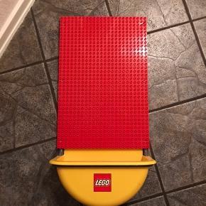 Udgået LEGO duplo plade / vægophæng Der er ikke klodser til Almindelig duplo klodser kan bruges der til
