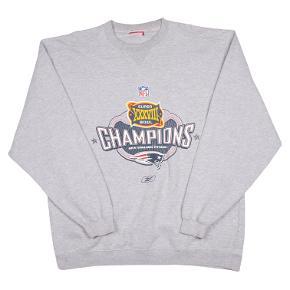 Reebok sweater
