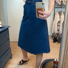 Denim nederdel fra ukendt mærke