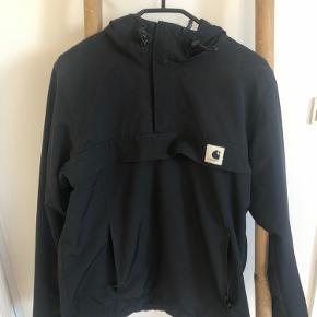 Sælger denne fede carhartt jakke med fleece indeni, nypris: 1500kr   Bytter ikke :)  Den kan afhentes i Viby J