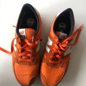 Orange new balance sneakers i str 38.5