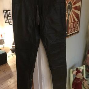 Munderingskompagniet andre bukser & shorts
