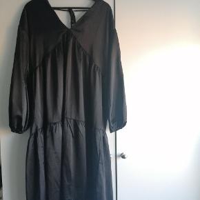 Lola May kjole