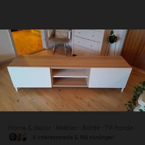 Lækkert tv bord fra ikea. 8 måneder gammel. Soft close.  41cm dyb 180cm bred   Byd gerne