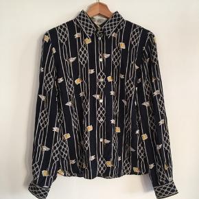 Retro silkeskjorte. 100% silke.