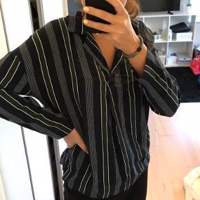 Mango bluse