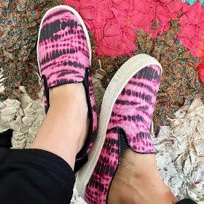 Rika sneakers
