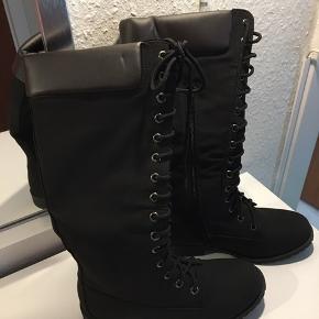Lækre nye sorte støvler 👢😊💕