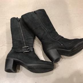Fine støvler sælges Sender gerne