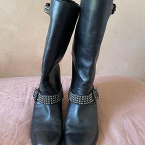 Christian Louboutin støvler