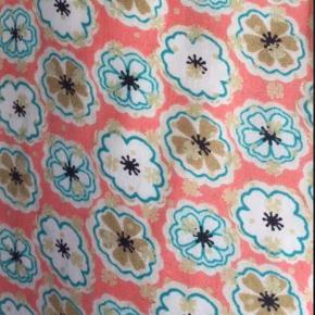 Smuk slåom silke nederdel fra Noanoa   ;)
