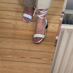 Sandro Paris heels