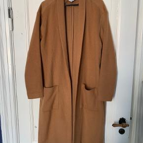 Weekday frakke