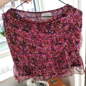 Flot blomsterfarvet nederdel 🌸