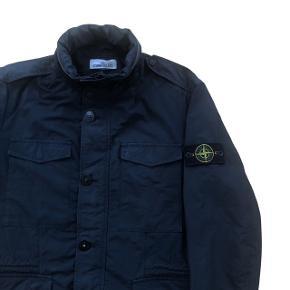 """Stone Island Micro Reps jakke, """"packable hood"""" str: Large, få tegn på brug.  Nypris 4500 DKK"""