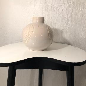 Fin vase