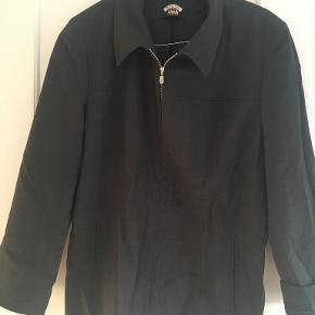Q-Con blazer