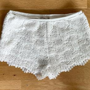 FB sisters shorts