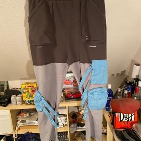 Number nine x c2h4 hybrid sweatpants str xl Fitter alt imellem 34-38 Ca 32 længde