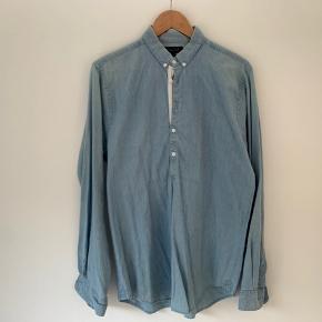 Lækker denim anorak-skjorte fra danske Velour str M