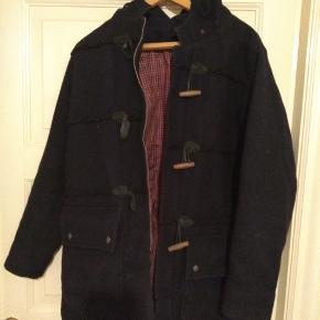 Fed vinter jakke fra soulland koster næsten 7000 fra ny. Vil helst have 850. Kan bringe den ud i kbh området.