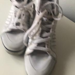 Adidas Originals andre sko & støvler