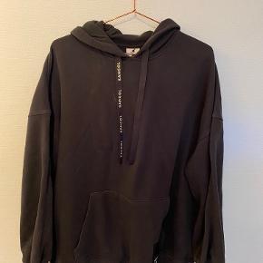 Kangol x H&M bluse