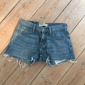 🌼BYD ENDELIG🌼 Klippede bukser W30 L30
