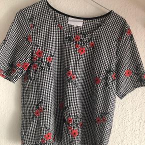 Så fin bluse i god kvalitet !
