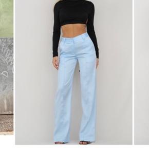 Sælger disse lækre lyseblå silke bukser fra Venderby's, grunden til de sælges er fordi jeg ikke kan passe dem:) Bukserne er helt nye og har stadig prismærke på🤍  Mp 375