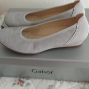 Helt nye gabor sko sælges til 300 kr.