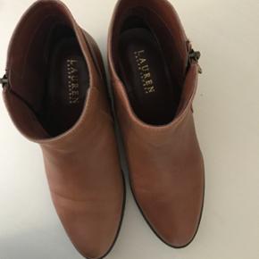 Lauren Ralph Lauren Boots en cuir  Portée 1x Excellente état  Taille: 38