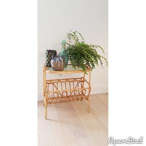 """3 skønne gamle vaser / flasker. Gammel vase i lertøj med hvid glasur- 90kr (med DAO) Ny vase med """"dutter"""" - 70kr (med DAO) Gammel hedvin - flaske - 115kr (med DAO)"""