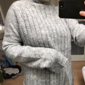 Envii strik i mohair og uld  Fejler intet og er i god stand