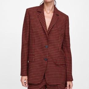 Check blazer. Perfect condition. Size Small
