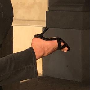 Sorte hæle heels fra NA-KD 🖤 Brugt en enkelt gang 🖤